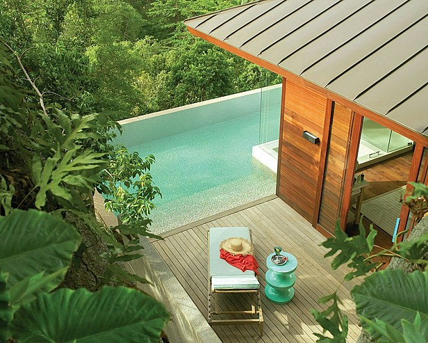 Plunge pool and suite, Four Seasons, Seychelles