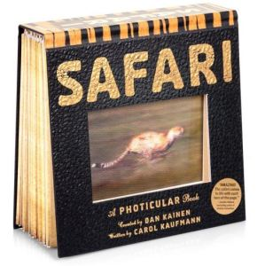 photicular image book with a cheetah running