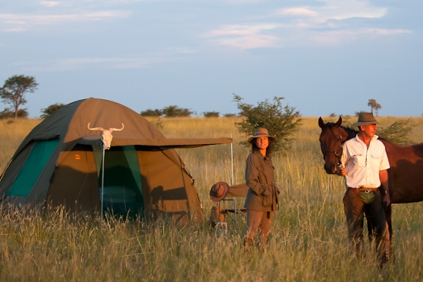 Ride Botswana (1) two people camping with a horse 600 400