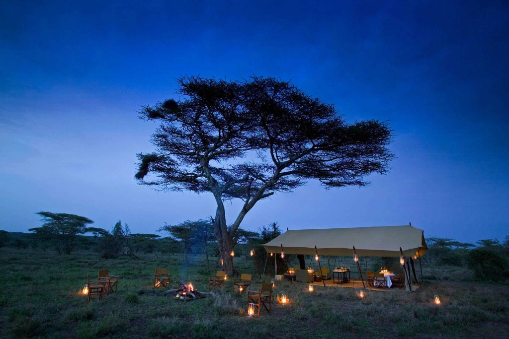 Mobile safaris - Serengeti under canvas - mess tent