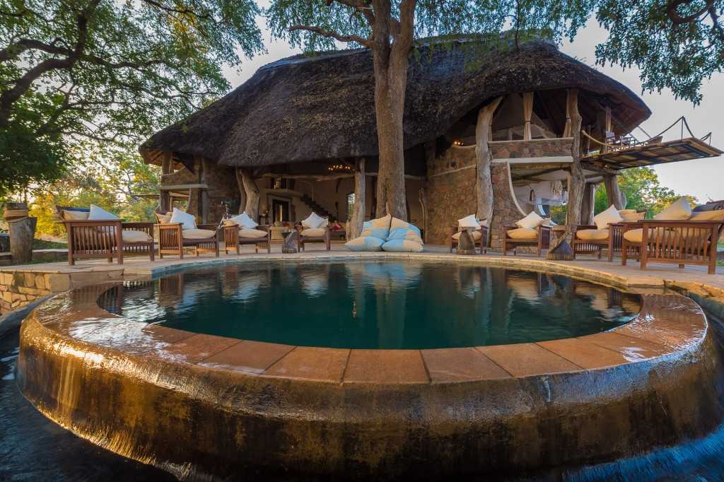 Beautiful plunge pool, Luangwa Safari House,