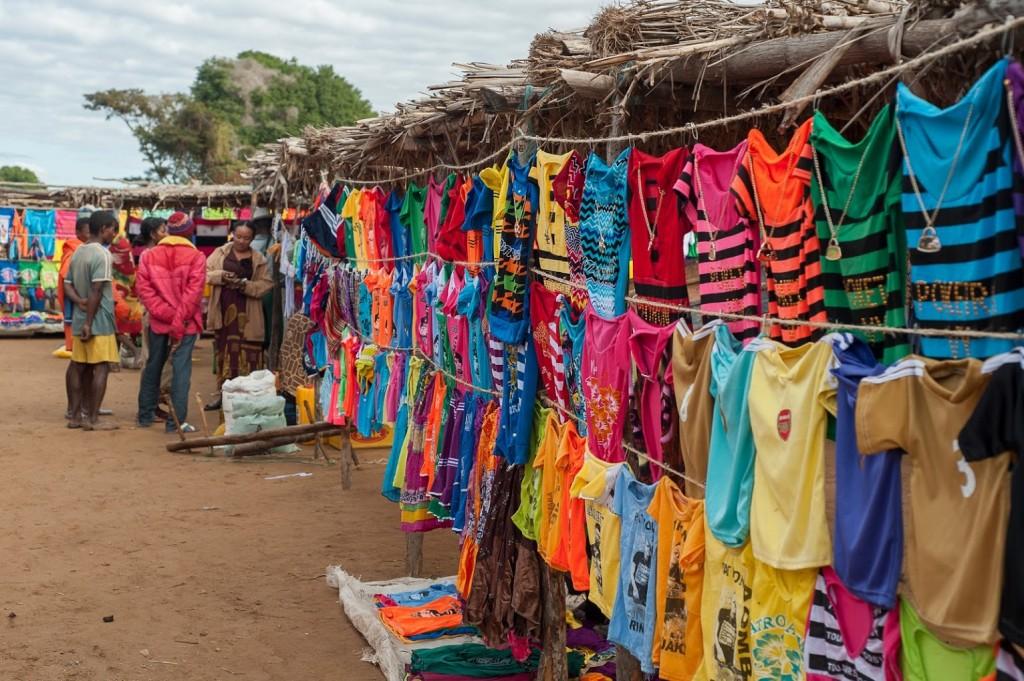 Colourful markets at Mandrare River Camp