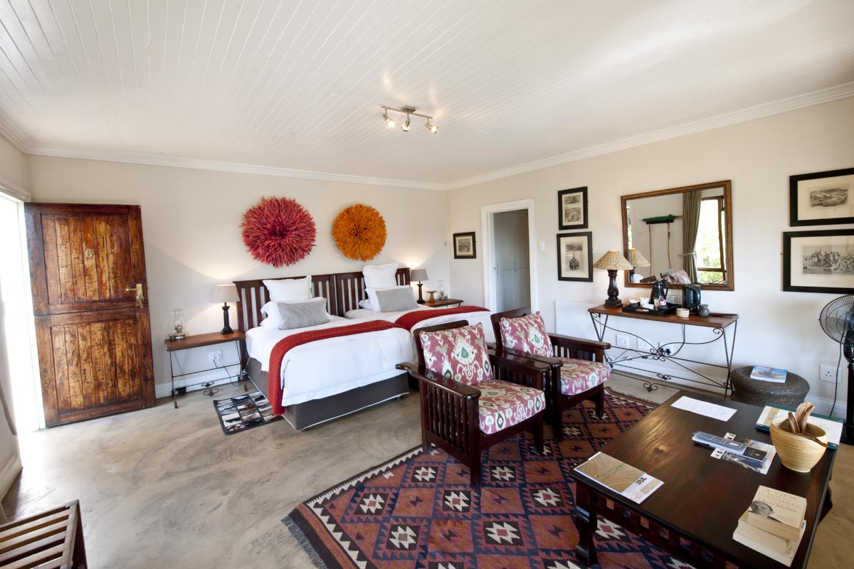 Fugitives' Drift Lodge twin suite with South African decor Fugitives' Drift Lodge Kwa-Zulu Natal South Africa