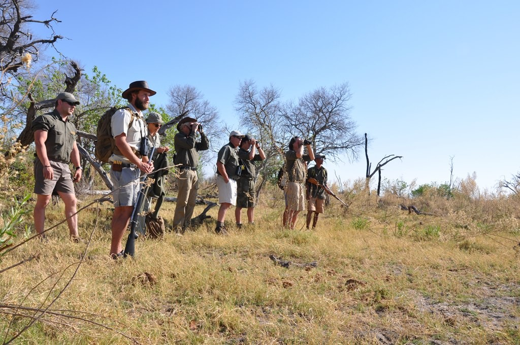 Guiding-skills-okavango-guiding-school-1024x680