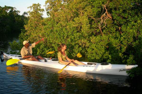 Ibo-Island-guided-kayaking