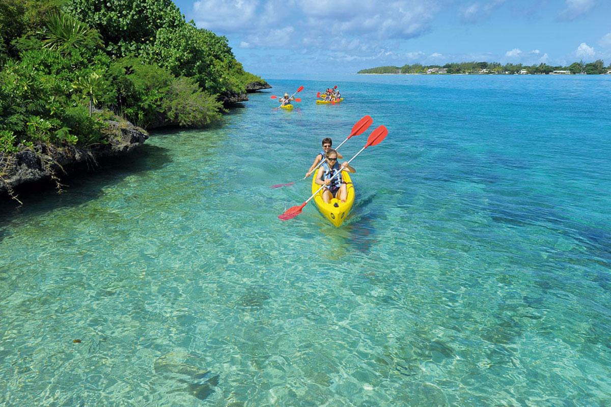 Shandrani kayaking