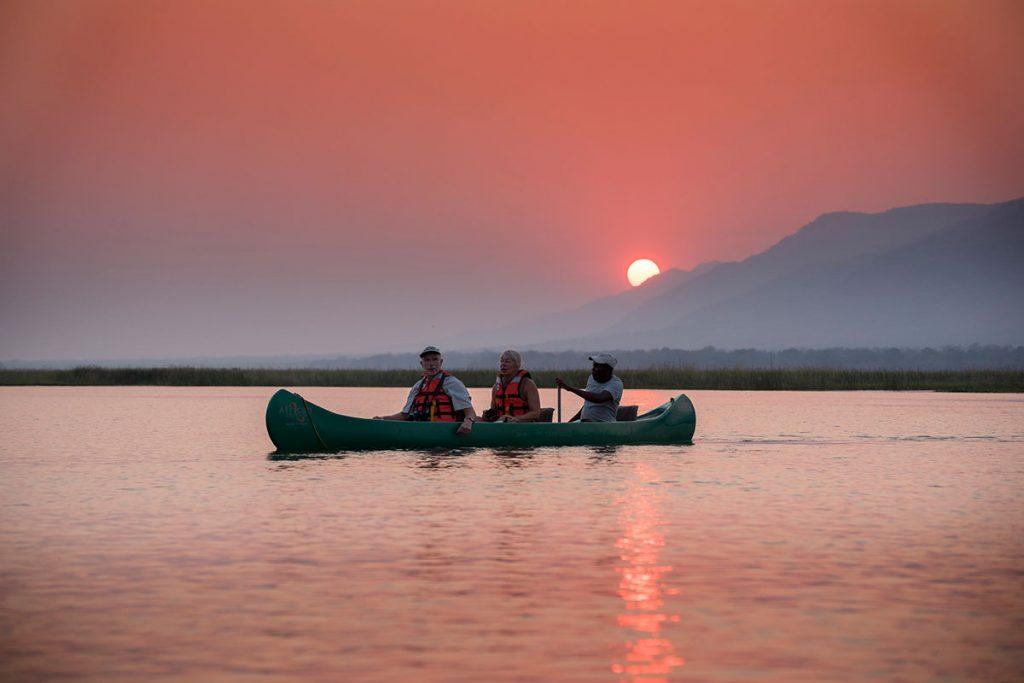 Zambezi Expeditions canoeing
