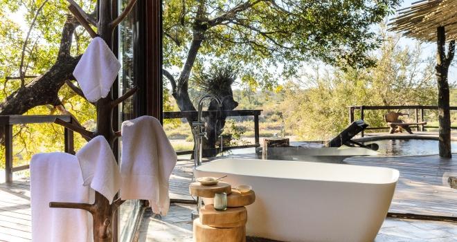 Luxury bathroom suite with views, Singita Boulders Lodge, Sabi Sands