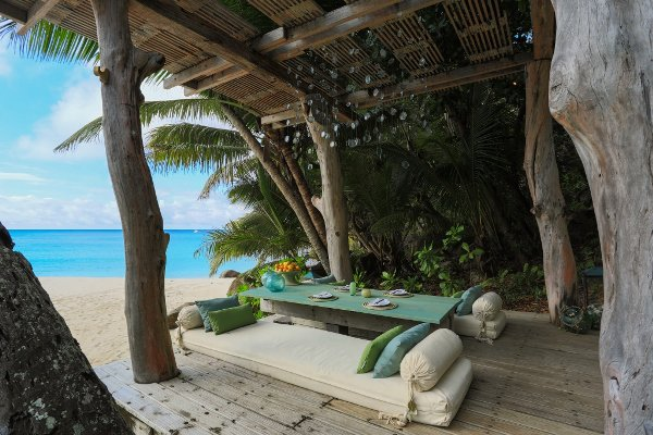 Island, Seychelles, dining