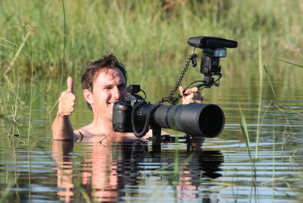 GregDuToit-photography-wildlife-in-water-with-camera