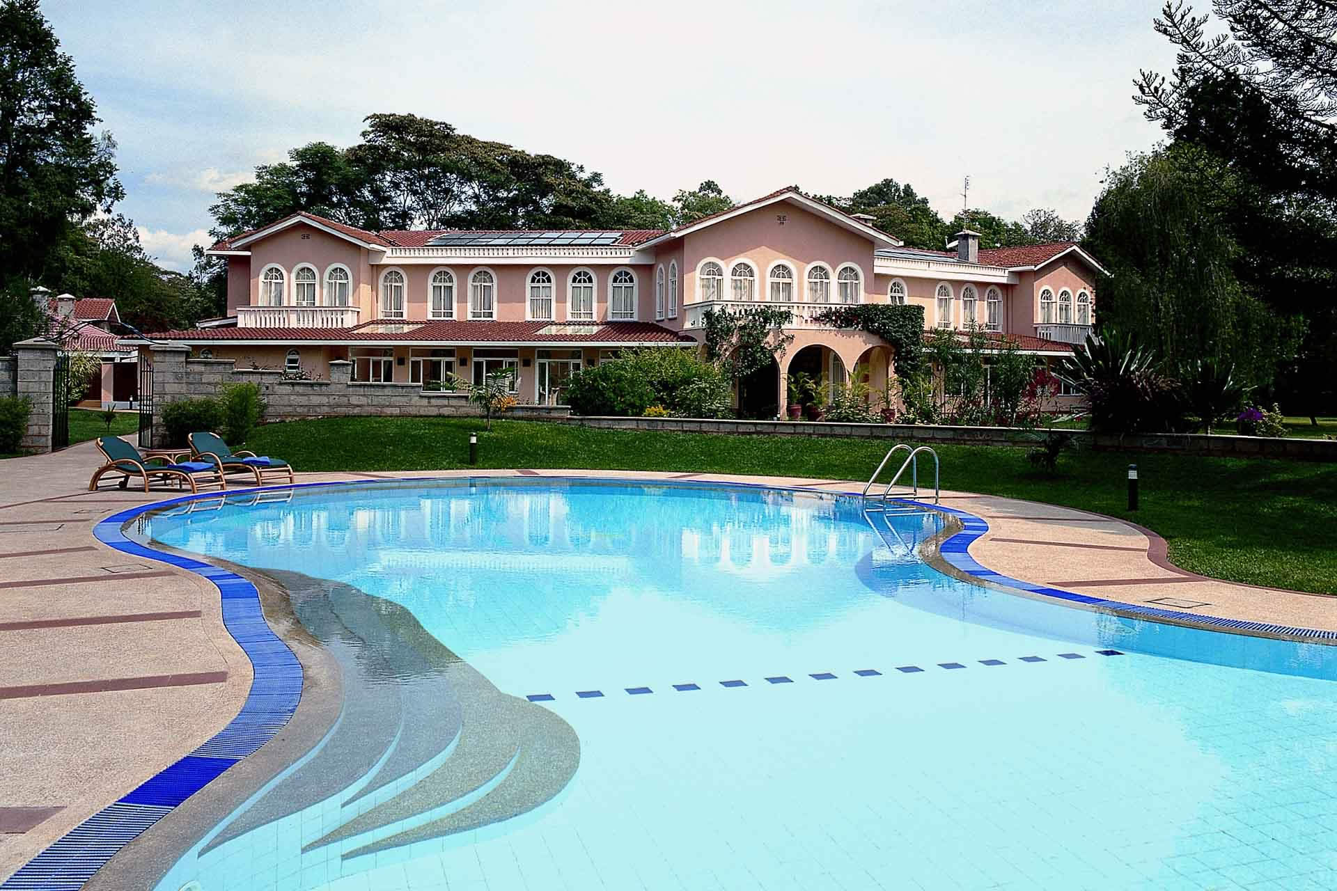 House of Waine garden and pool, Nairobi, Kenya