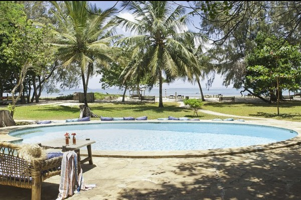 Kinondo Kwetu pool with beach view, Mombasa