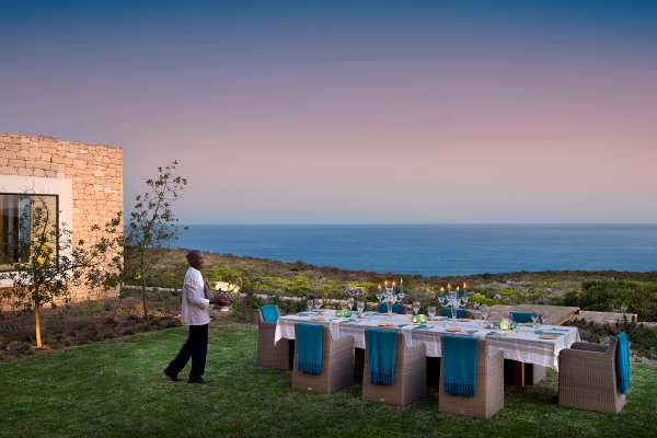 Kurland-Plettenberg-Bay-Dining-alfresco-sea-view-SouthAfrica
