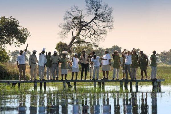 a-botswana-safari-andbeyond-xaranna-okavango-delta-camp-welcome-arrival-600-400