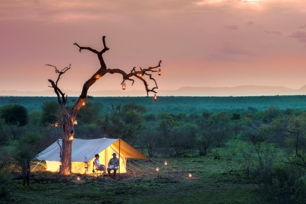 Romantic couple on safari at Tanda Tula Field Camp, Kruger, South Africa