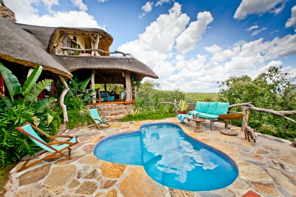 Ants-Hill-Worldsview-cottage-pool-Waterberg-SouthAfrica-600-400