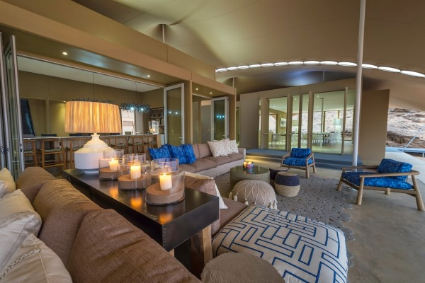lounge-contemporary-HoanibCamp-Namibia-desert-wilderness