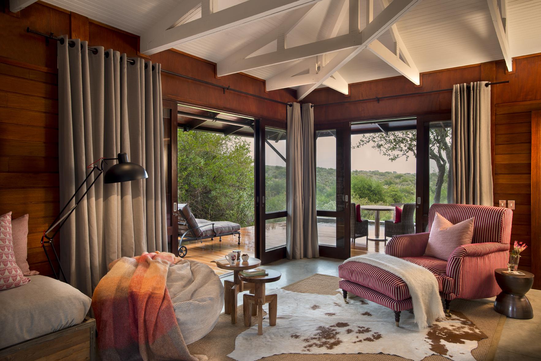 Kwandwe-Ecca-Lodge-Suite-Lounge