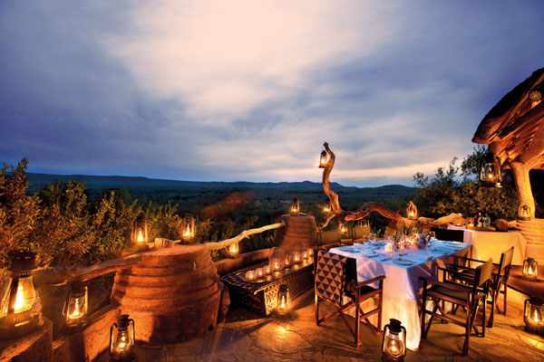 Madikwe-Safari-Lodge-dining