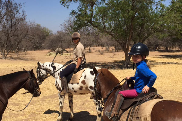 Mother-and-daughters-ride-out-Ants-Collection-SouthAfrica-Gully