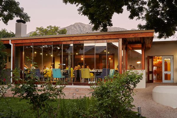 The-Living-Room-restaurant-LeQuartier-Cape-SouthAfrica-@lequaf