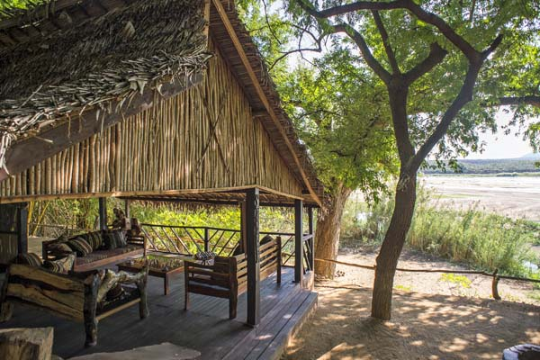 Mandrare-River-Camp-river-view-lounge
