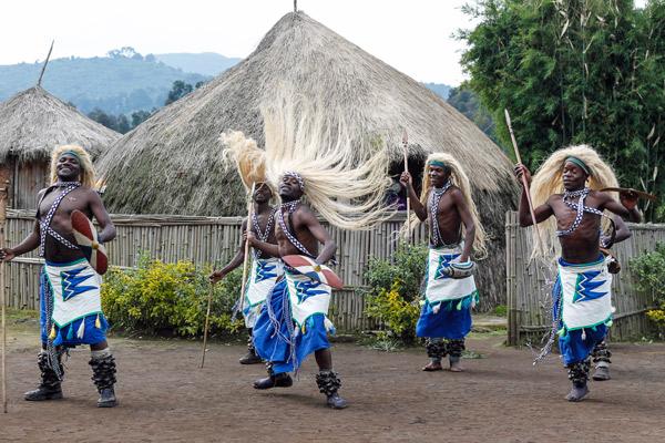 rwanda-bisate-lodge-culture-1-caroline-culbert-600-400