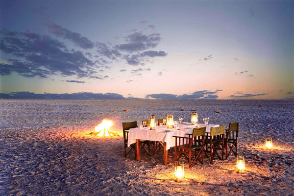 jacks-camp-dining-under-stars-600-400