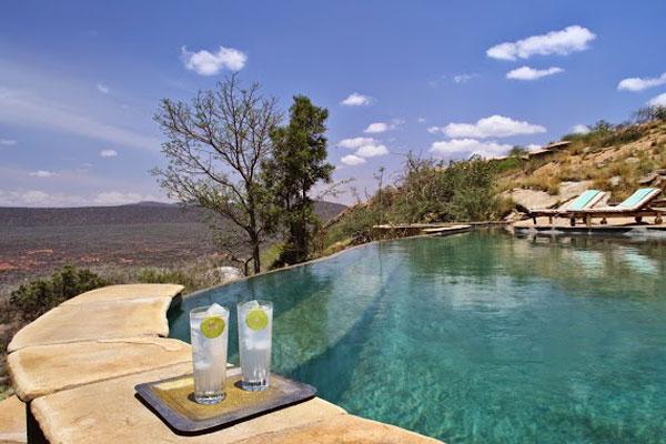 Saruni-Samburu-Kenya--Infinity-pool-600-400