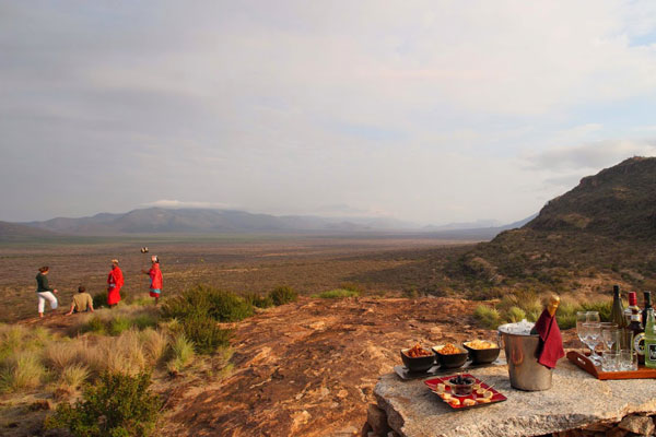 Saruni-Samburu-Kenya-Sundowners-(3)-600-400