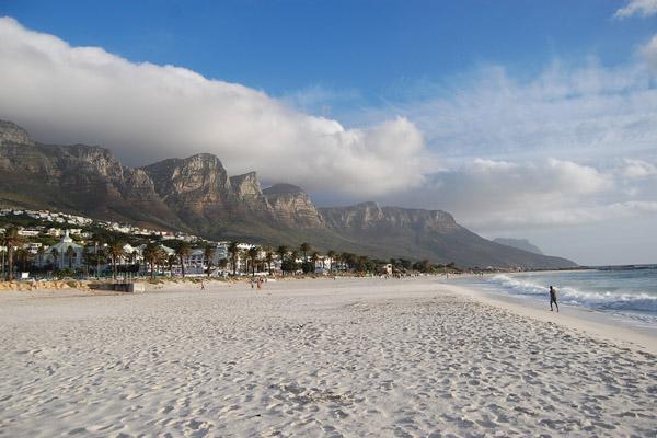 Camps_Bay_Beach_...,_Cape_Town