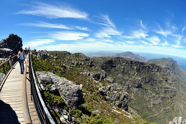 table-mountain-walkway-flickrcc