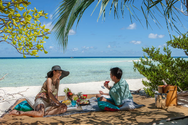 Castaway romantic picnic The Residence Maldives
