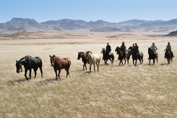 Namibia Guide Ride Namib desert rider horseriding group