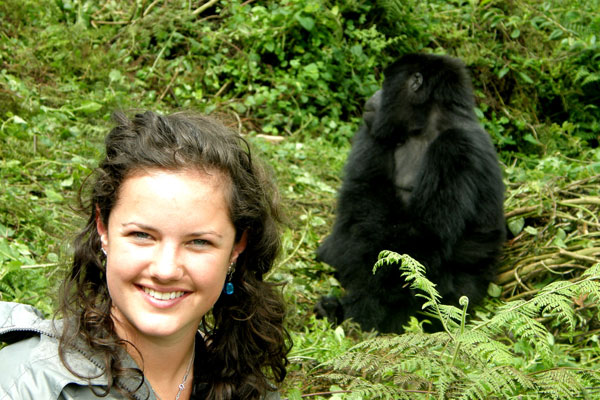 Meeting gorillas in Rwanda, solo safari
