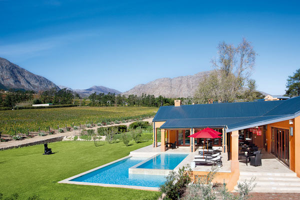 Luxury accommodation in the winelands, La Residence, Franschhoek
