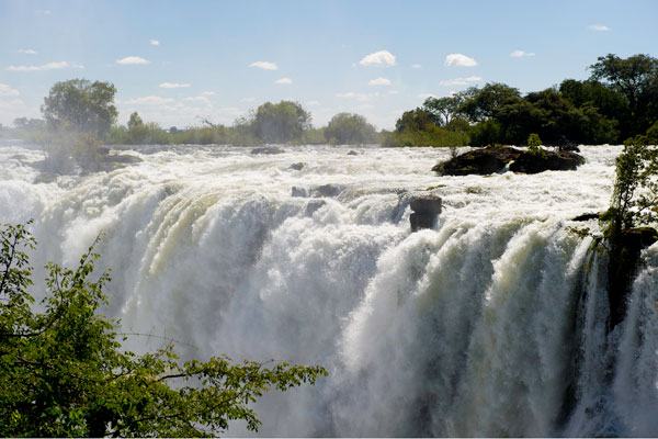 The Victoria Falls in full flow, Toka Leya, Wilderness Safaris