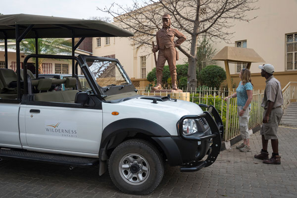 Taking a tour into Livingstone, Toka Leya, Wilderness Safaris