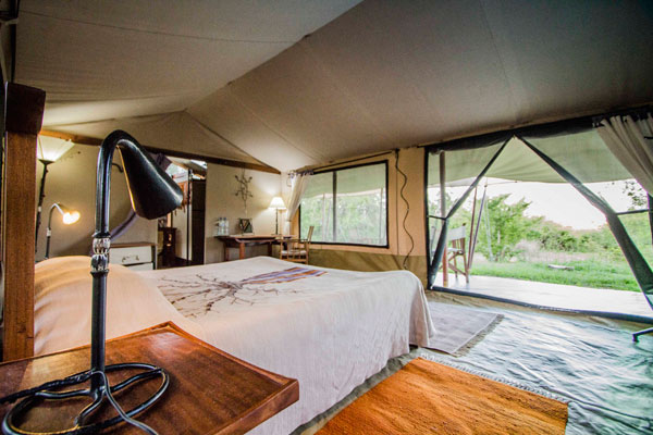 Kwihala tented bedroom