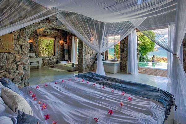Romantic Kaya Mawa, bedroom on Lake Malawi - Zambia and Malawi