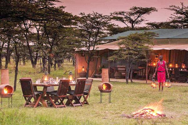 Kicheche Bush Camp, al fresco dining, Masai Mara, Kenya