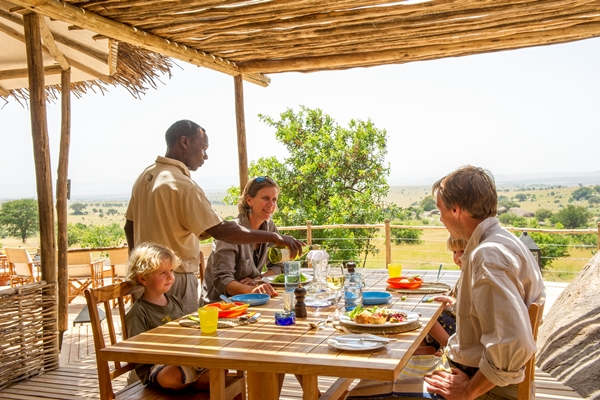 Lunchtime at Mkombe's private safari house
