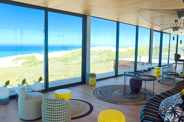 Wrap around views - Morukuru Beach Lodge bar - South African Safaris