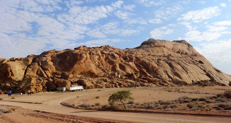 Namibia Horse Safaris desert camp
