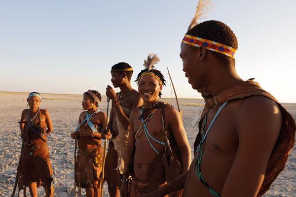 Walking with the San bushman, Makgadikgadi, Botswana