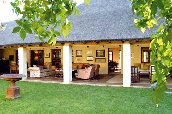 Elephant House and Stables, a perfect base from which to explore Addo Elephant Park