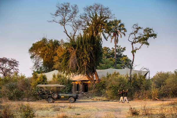 Great Plains Safaris' Mpala Jena Lodge, just upstream from Victoria Falls, is a great spot to start a safari holiday.