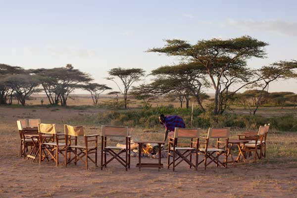 Sundowners at Serian's Serengeti South Camp