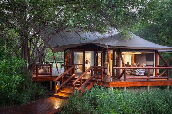 Spacious and comfortable accommodation at Tuli Safari Lodge