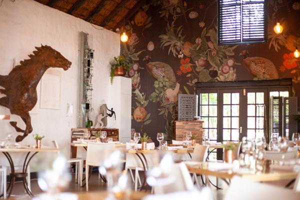 Foodbarn_restaurant